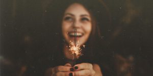 1-web3-girl-smile-happy-stars-new-year-allef-vinicius-unsplash